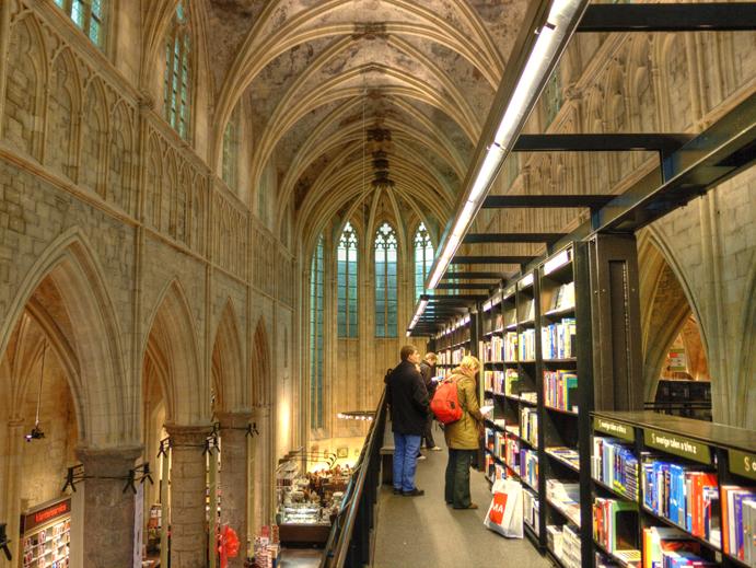 Boekhandel Dominicanen - Maastricht